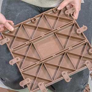 montaje baldosas exterior lop click floor madera