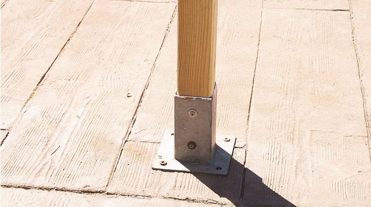 fijacion poste madera
