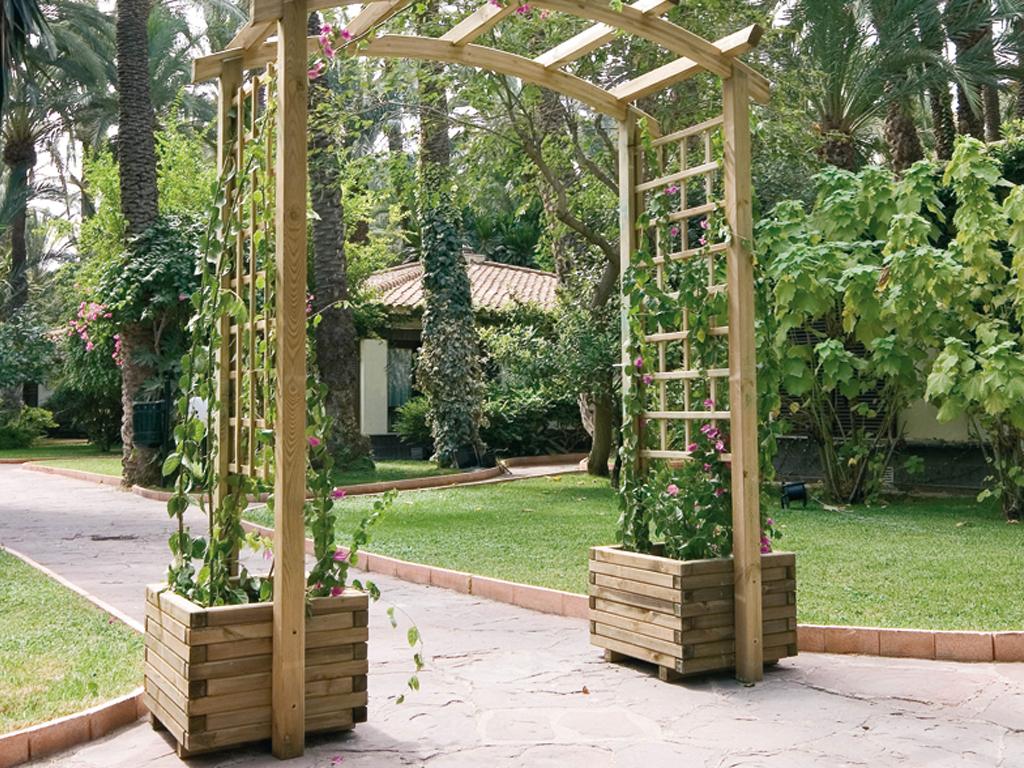 Madera exterior - Arcos de madera para jardin ...