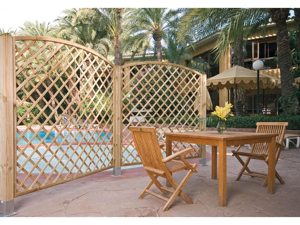 Paneles de madera para jard n for Celosias para jardin