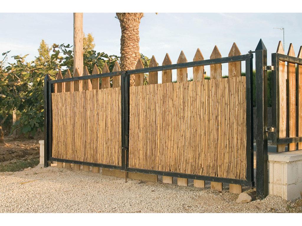 Cerramientos de bamb para jard n for Cerramientos de jardines fotos